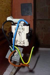 Aufputz Lichtschalter Anschließen : schalter ~ Watch28wear.com Haus und Dekorationen