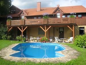 Ferienwohnung im haus quothohnbergblickquot thuringer wald for Französischer balkon mit wie viel kostet ein pool im garten