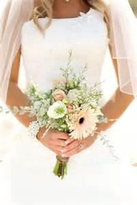 wedding bouquet ideas best 25 small bridal bouquets ideas on