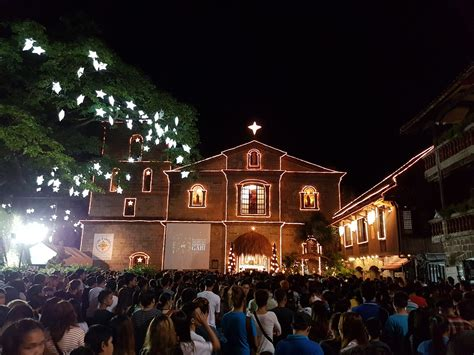A brief explanation of the filipino christmas tradition. Complete Your Simbang Gabi at These Beautiful Philippine ...