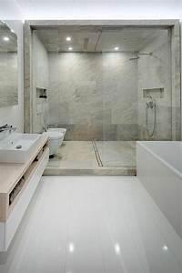 etagere de douche integree pour un confort optimal With porte de douche coulissante avec etagere salle de bain en teck