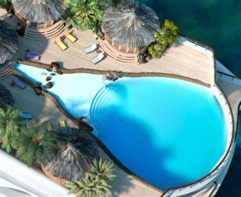 Tropical Paradise Island Yacht