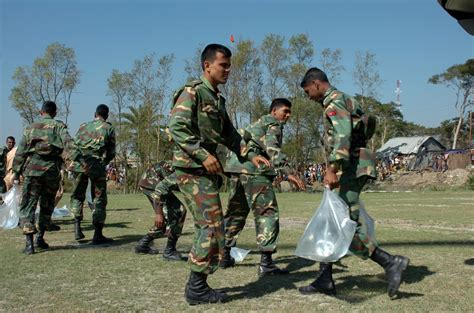 search for strength file us navy 071126 n 1831s 109 members of the bangladesh
