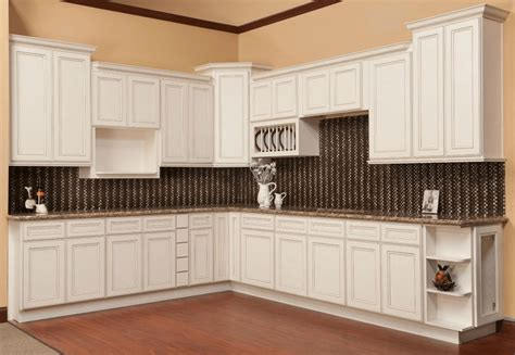 10x10 kitchen cabinets under 1000 what is a 10 10 kitchen cabinets and how get cost under