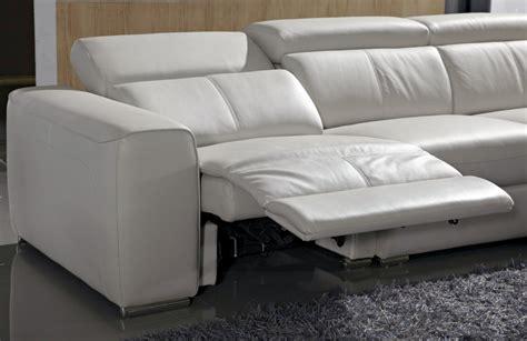 canapé d angle avec appui tête canapé d 39 angle relax électrique en cuir de buffle