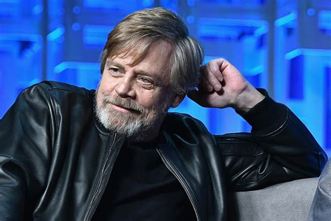 mark hamill now mark hamill carrie would be giving me the finger right