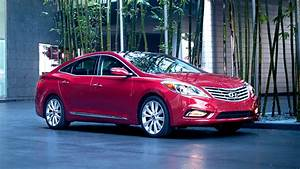 Hyundai deferring car payments for gov't workers Oct1