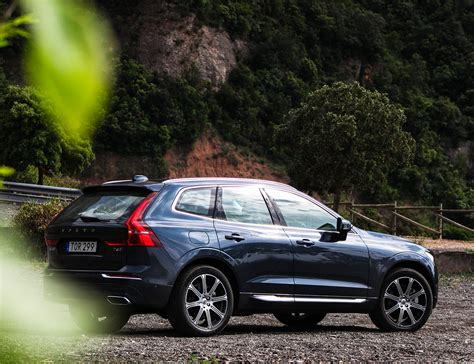 Volvo Xc60 Crossover by Review 2018 Volvo Xc60 Crossover Gear Patrol