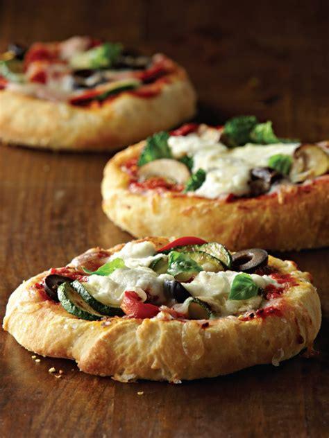 mini canape ideas assorted mini pizzas with mozzarella and ricotta galbani