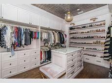 150+ Luxury WalkIn Closet Designs Pictures