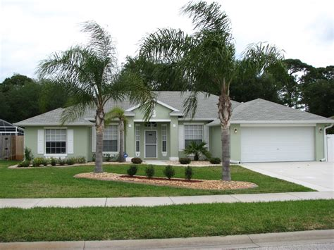 cocoa fl exterior house painting project by peck painting