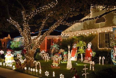 christmas murals  yard decorating colors cover
