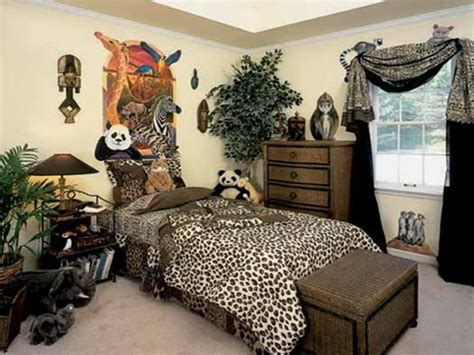 African Themed Animal Print Bedroom Interior Ideas