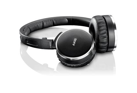 the best noise cancelling headphones 200 review 2016 beatbowler