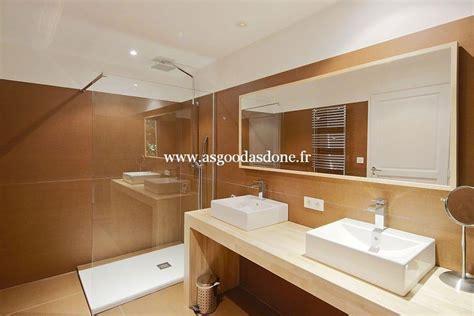 a l italienne salle de bain cevelle salle deau faience avec frise verticale