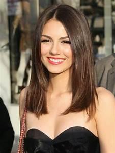 Coupe Longue Femme : coupe mi long femme brune modele coiffure courte jeux ~ Dallasstarsshop.com Idées de Décoration