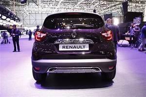 Renault Captur Initiale Paris 2017 : renault captur 2017 restylage et version initiale paris photo 39 l 39 argus ~ Medecine-chirurgie-esthetiques.com Avis de Voitures