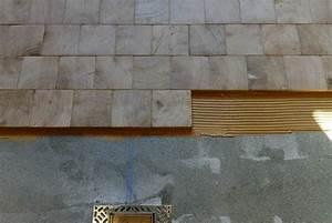 pose detail pavage bois debout dans un chalet suisse With parquet bois debout