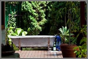 Badewanne Freistehend Für Garten : badewanne im garten bepflanzen badewanne house und dekor galerie ejgajeoabl ~ Markanthonyermac.com Haus und Dekorationen