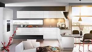 Amenagement de cuisine avec ilot mobalpa for Petite cuisine équipée avec meuble de salle a manger blanc