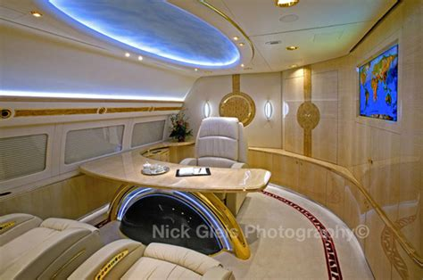 luxurious private jets