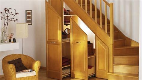 ikea rangement cuisine placards des rangements sous escalier
