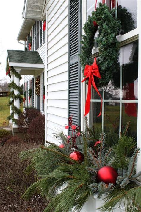 christmas greenery     girl blog christmas