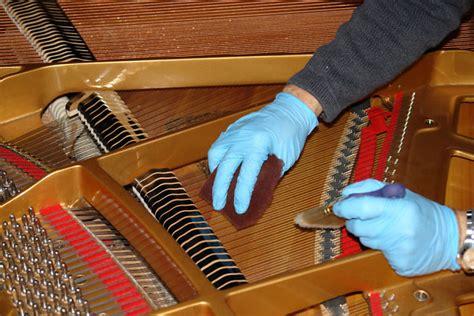 Hướng Dẫn Sửa đàn Piano Khi Bị Dính Nước Hoặc Câm Tiếng