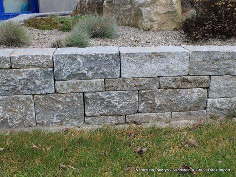 granit blockstufen verlegen bodenplatten garten verlegen bodenplatten verlegen garten verlegung