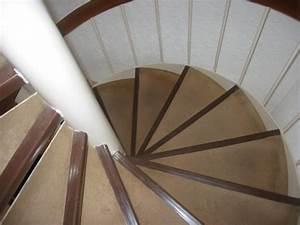 Teppich Für Treppe : stufenmatten auch f r wendeltreppe teppich treppe stufenmatte ~ Orissabook.com Haus und Dekorationen