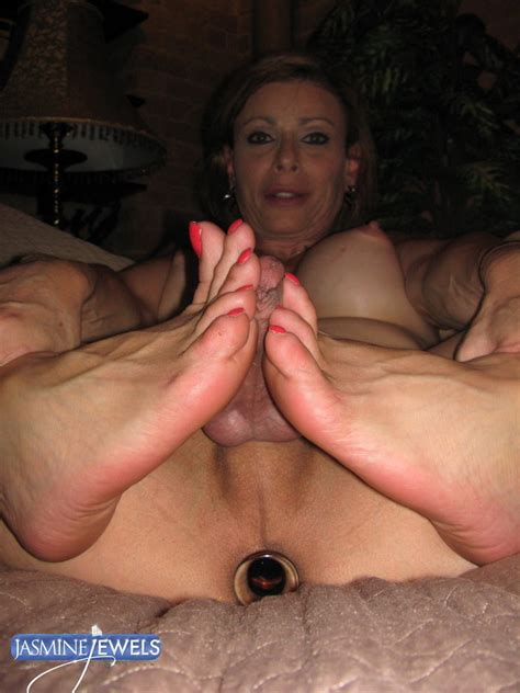 1 In Gallery Hot Shemale Tranny Sluts Showing Your