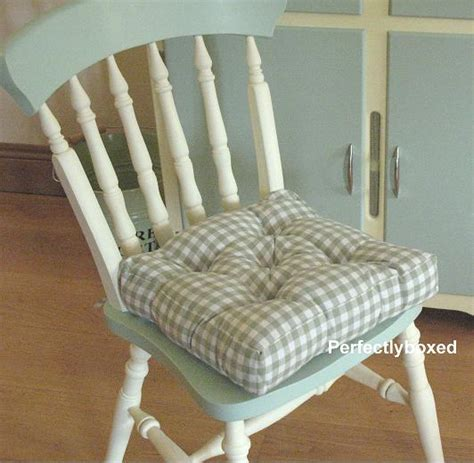 country kitchen seat pads green gingham seat pads at www perfectlyboxed 6139