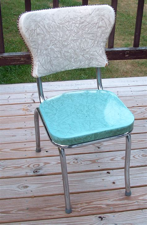 Kitchen Chair Upholstery crafty challenge 9 kitchen chair re upholstery the
