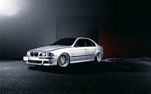 BMW E93 540i 5 Series Car wallpaper 1680x1050 #16140