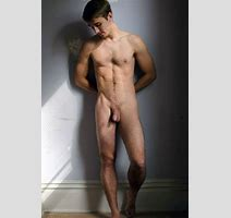 Fit Nude Man With Soft Cut Penis Horny Nude Boys