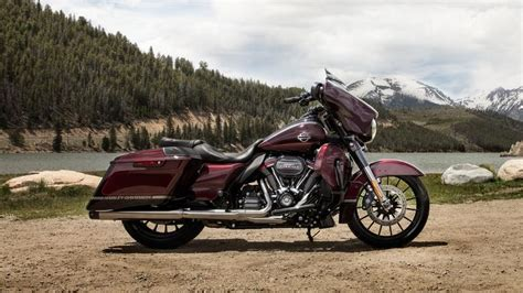 Harley Davidson Cvo Road Glide Backgrounds by 2019 Harley Davidson Cvo Glide Top Speed