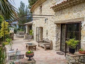 les 25 meilleures idees concernant jardin de provence sur With good amenagement de jardin avec piscine 5 photo maison provencale pierre