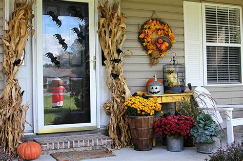 Transitioning The Porch From Fall To Halloween  House Of. Vintage House Decor. Window Treatments For Living Room. Teak Dining Room Chairs. Yacht Decor. Brown Decorative Pillows. Bohemian Apartment Decor. Outdoor Decorative Trash Cans. Cowgirl Bedroom Decor