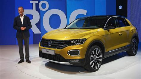 vw    roc baby crossover  sportier