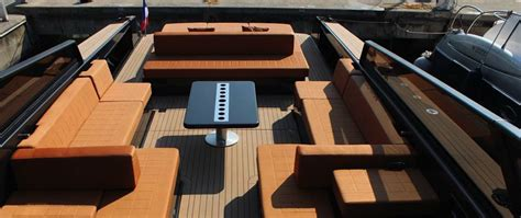 Boat Manufacturers To Stay Away From by The Vandutch 55 An Affluent Trendy 171 Day Boat