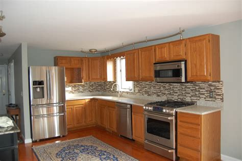 best kitchen colors with oak cabinets popular kitchen paint colors with oak cabinets colored
