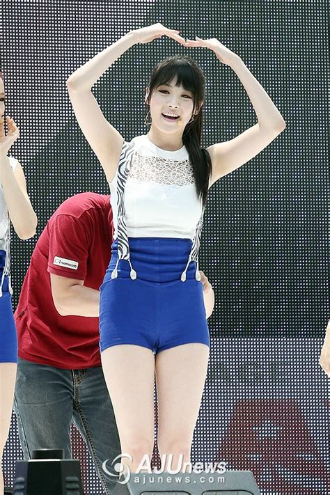 Pics 130624 Girls Day Yura 'female President Comeback Showcase Pt 1