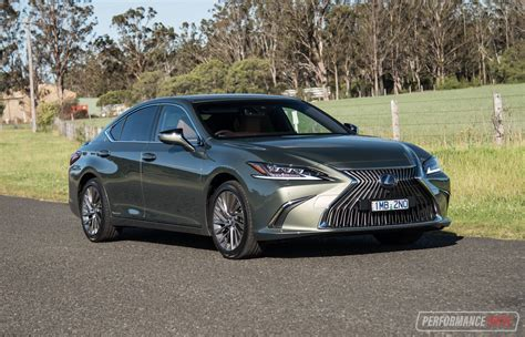 lexus es  sports luxury review video