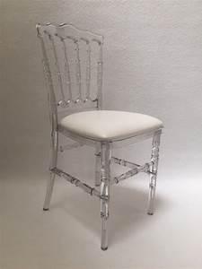 But Chaise Transparente : location de chaise napol on transparente location mobilier ~ Teatrodelosmanantiales.com Idées de Décoration