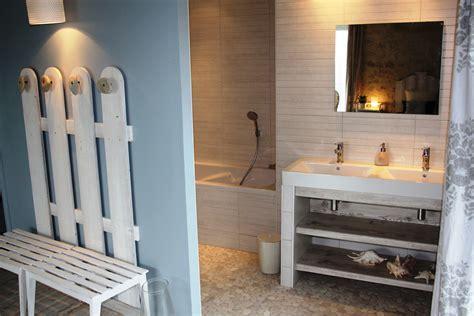 salle de bain chambre d hotes chambre d 39 hôtes quot le courlis quot à isigny sur mer dans le calvados