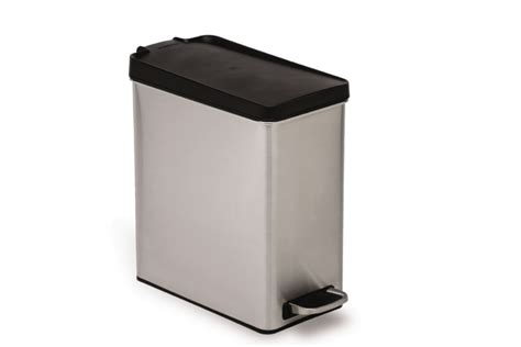 poubelle cuisine etroite simplehuman poubelle étroite à pédale home depot canada