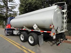 2013 Freightliner Cascadia 113 Tandem Axle Gasoline    Fuel Truck