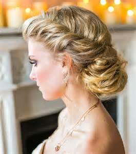 coiffure mariage chignon photo coiffure mariage un chignon flou pour cheveux longs
