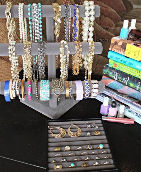 organize  jewelry collection summer statement