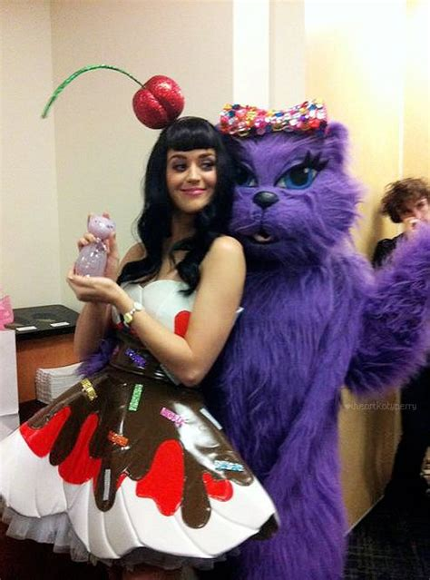 Kitty Purry And Katy Perry Withe Meow Perfume